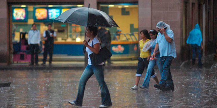 Masa de aire frío dejará fuertes lluvias sobre el territorio nacional