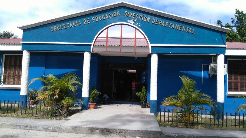 Dirección Departamental: concluyen tomas y se reanudan las actividades