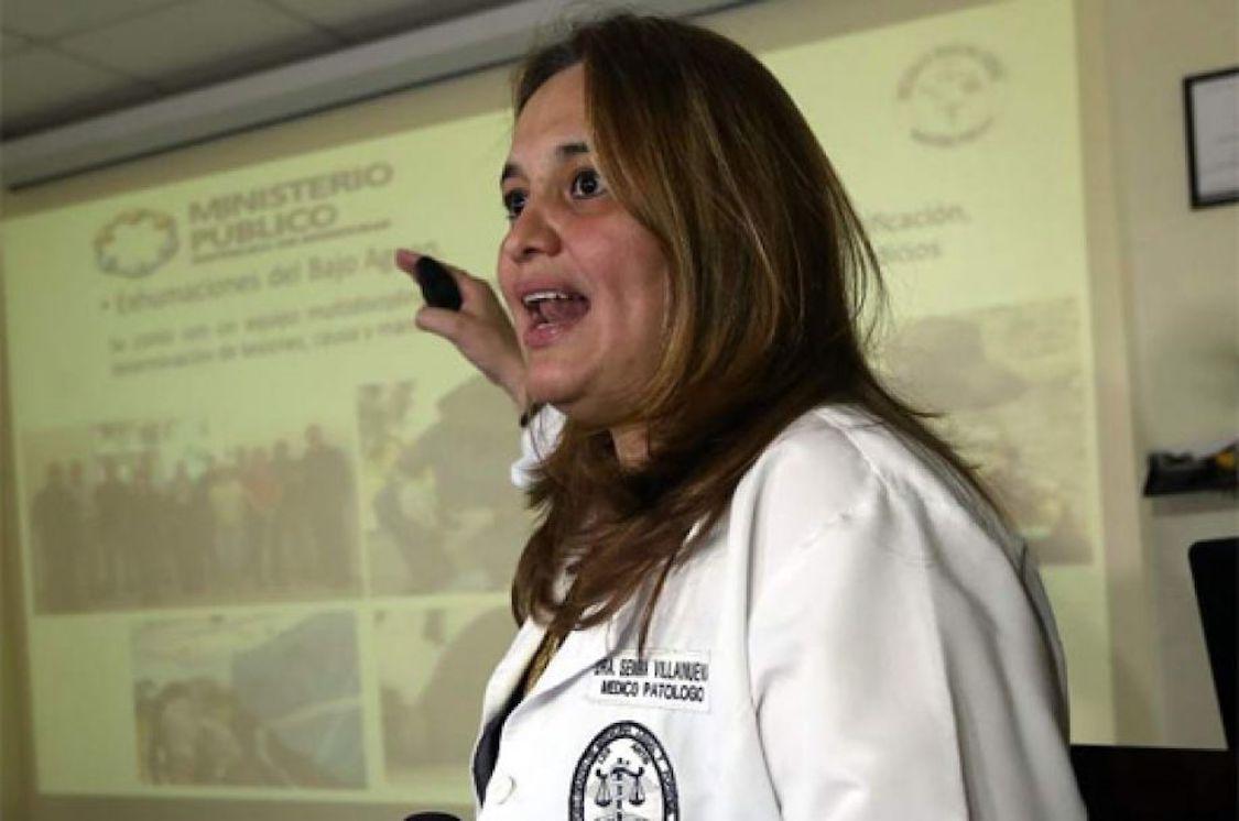 Cancelan de su cargo a la médico forense Julissa Villanueva