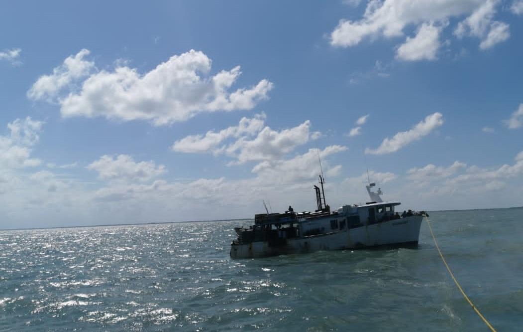 Embarcación dominicana retenida por pesca ilegal arribó a Puerto Lempira