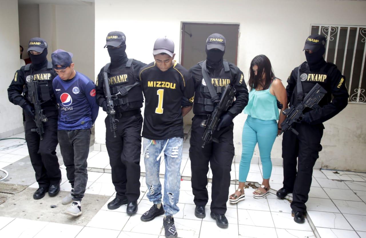 Capturan a cuatro presuntos extorsionadores de la banda «Los Puchos»