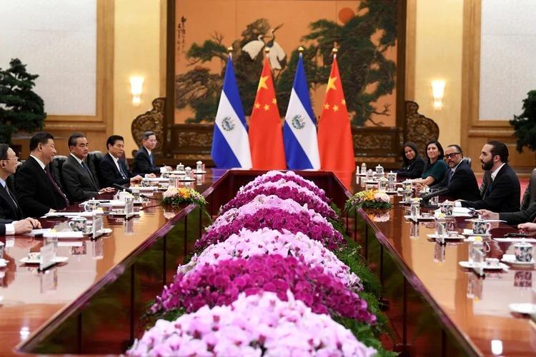 Por romper relaciones con Taiwán: China regalará un estadio a El Salvador