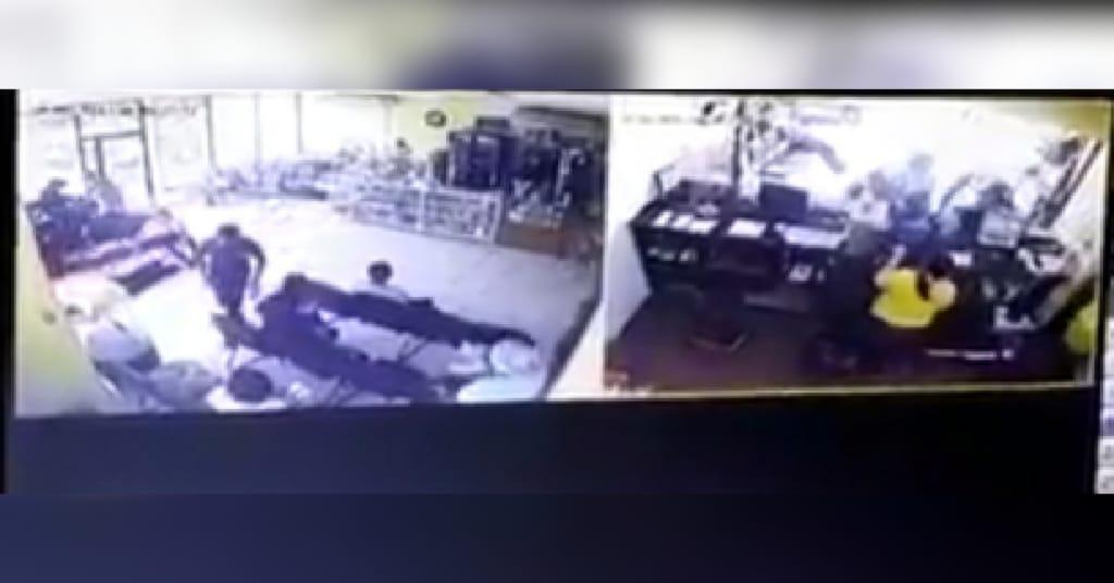 Sujetos fuertemente armados asaltan terminal de buses en La Ceiba