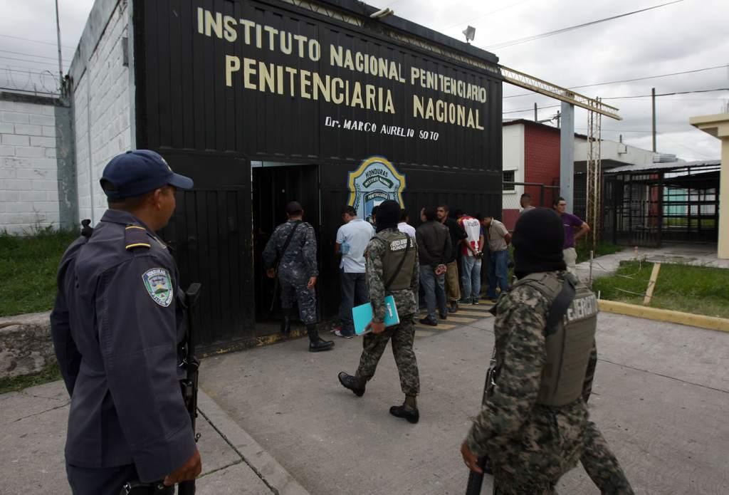 Suspenden autoridades del sistema penitenciario y lo declaran en estado de emergencia