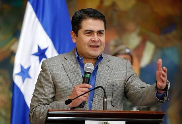 Presidente Hernández destaca una policía más fortalecida y profesional