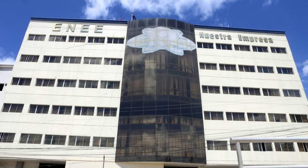 Morosos: Más de L45 millones adeudan 18 empresas a la ENEE