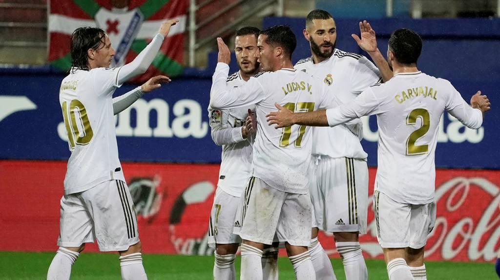 Liga Española: Real Madrid gana al Sevilla con polémica arbitral