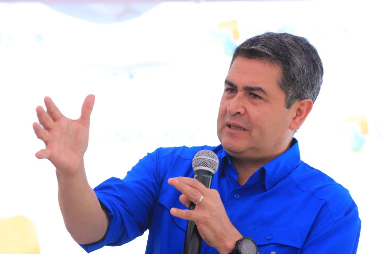 Presidente Hernández participa en IV expo mipyme en Olancho