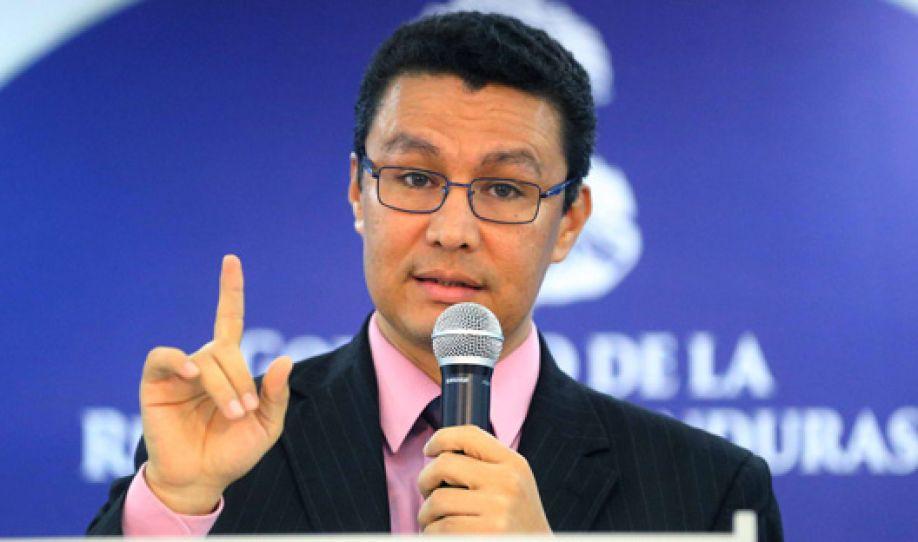 Ebal Diaz: Luego de un análisis, la CNBS recomendó liquidar Banadesa