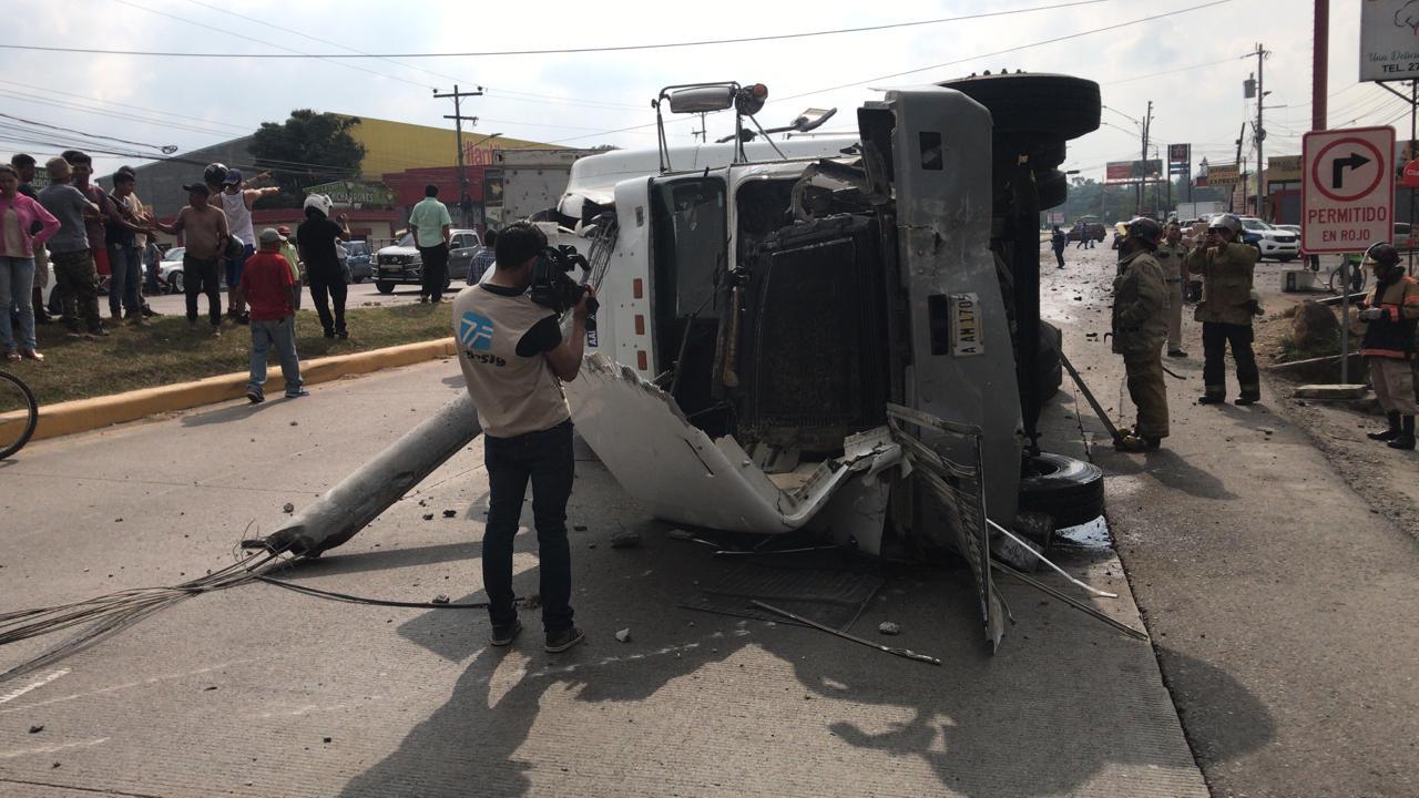 Vehículo de carga pesada protagonizó trágico accidente en Siguatepeque