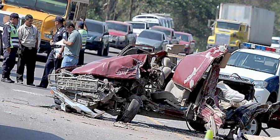 Congreso busca cancelar de por vida licencias a conductores irresponsables