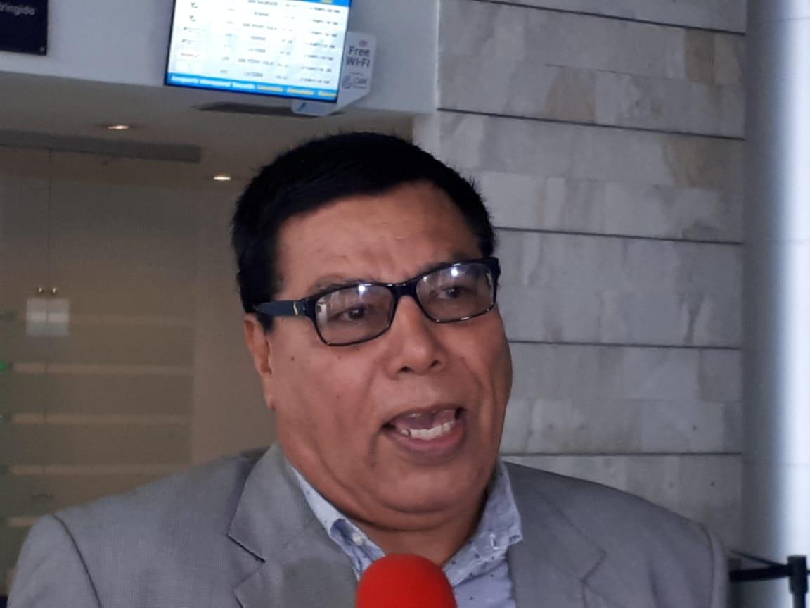 """Julio Navarro: """"Campañas políticas no son prematuras"""""""