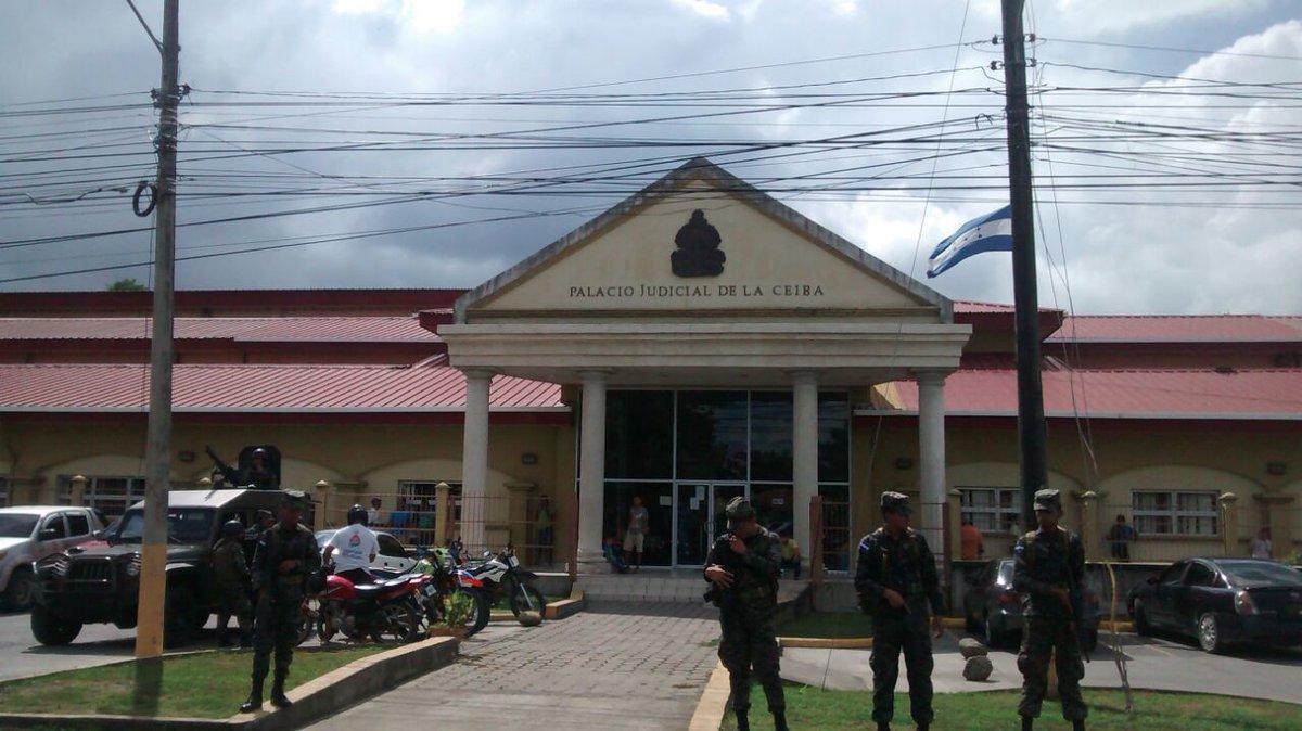 Completamente militarizados Juzgados en La Ceiba