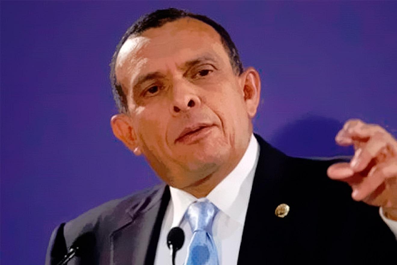 «No vamos a ser ningún obstáculo para generar división en la oposición»: Porfirio Lobo