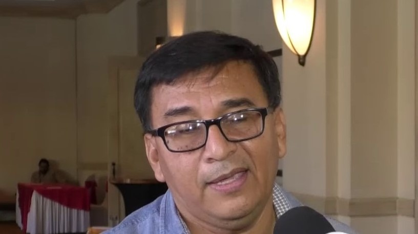 Filadelfo Martínez: «Para la democracia, deben crearse varios partidos políticos»