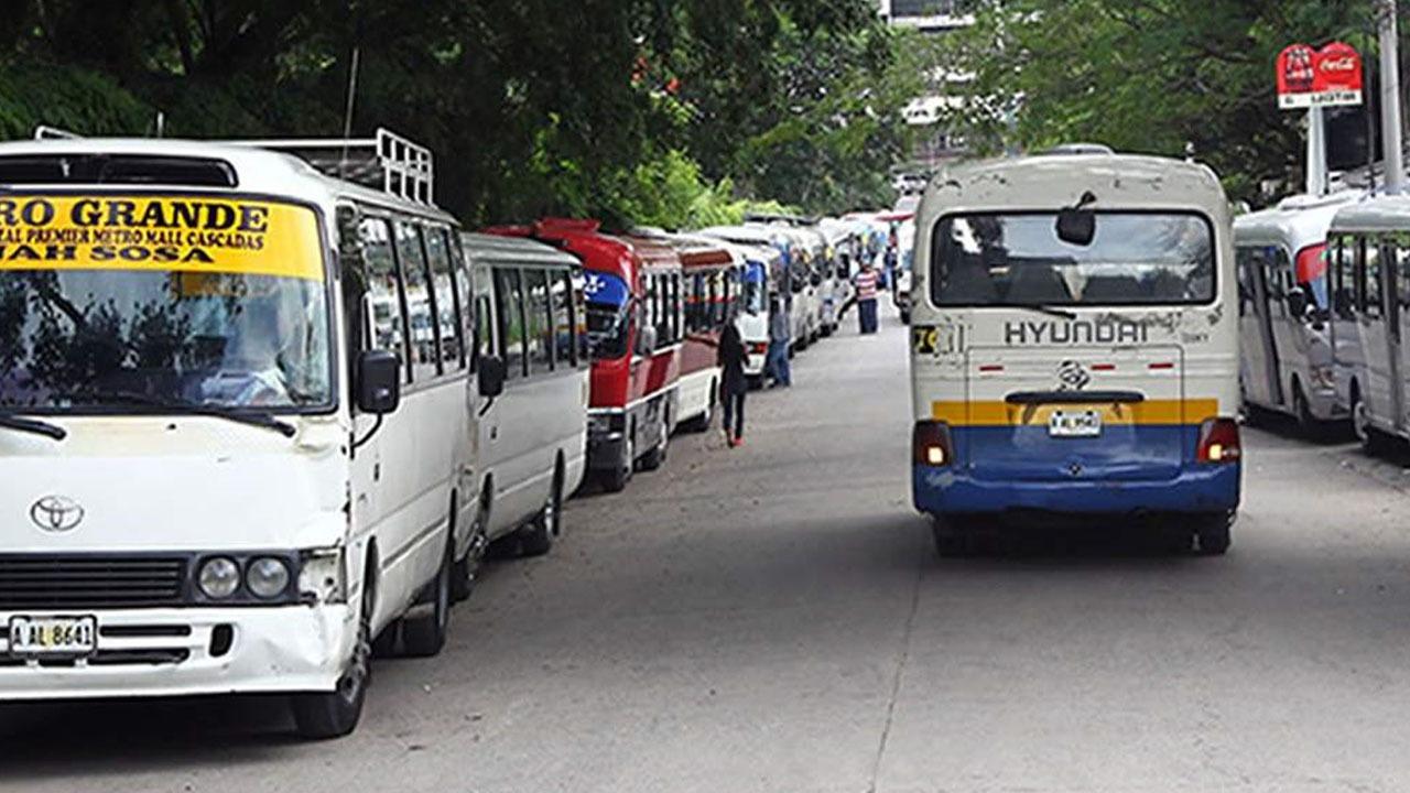 Se anuncia paro nacional del transporte en todas las modalidades a partir del lunes