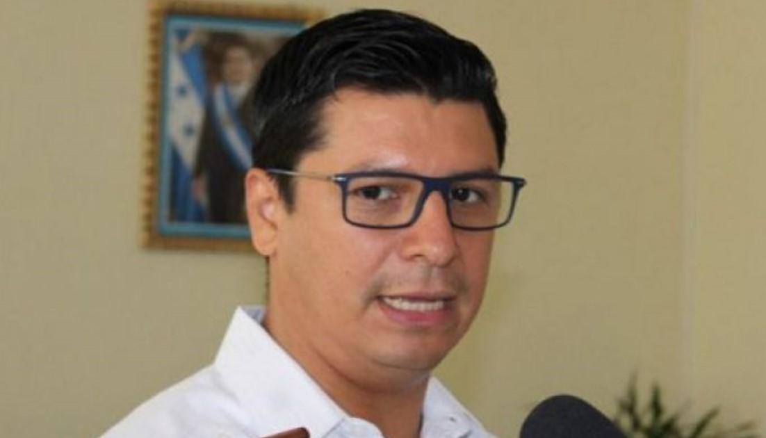 Roberto Cosenza: «Hemos disminuido la positividad de la Covid-19 en la zona norte»
