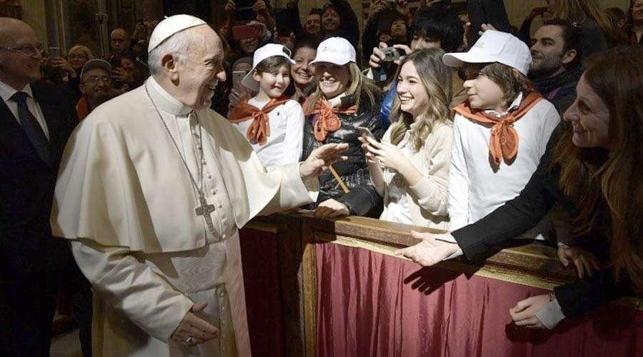 El Papa Francisco rinde un homenaje a las mujeres