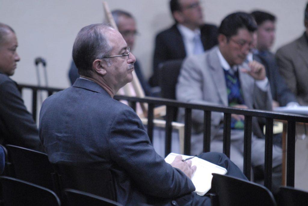 Más de 30 años de prisión para expresidente del Congreso de Guatemala