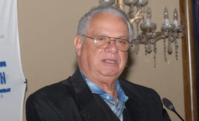 Mario Fumero: «Homosexuales no tienen derecho de imponernos su cultura»