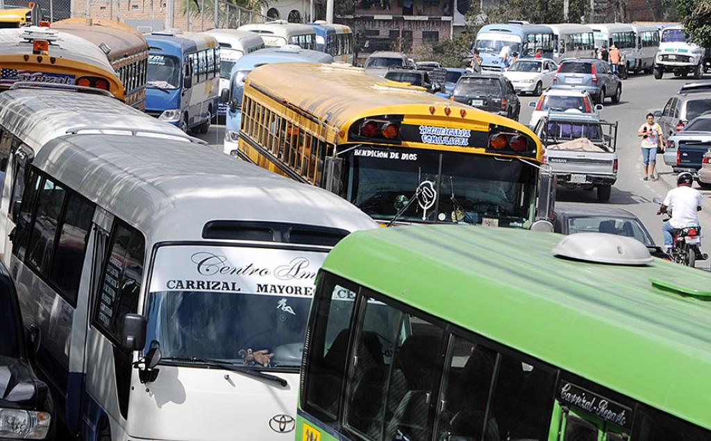 Jorge Lanza: «El IHTT se reunirá este día con la dirigencia del transporte para buscar consensos»