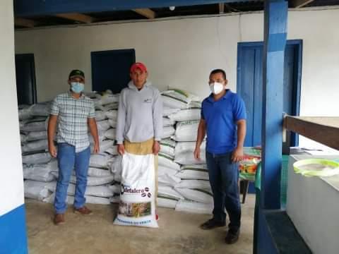 Productores de café de El Paraíso Reciben Bono Cafetalero y conocen Agrocrédito 8.7