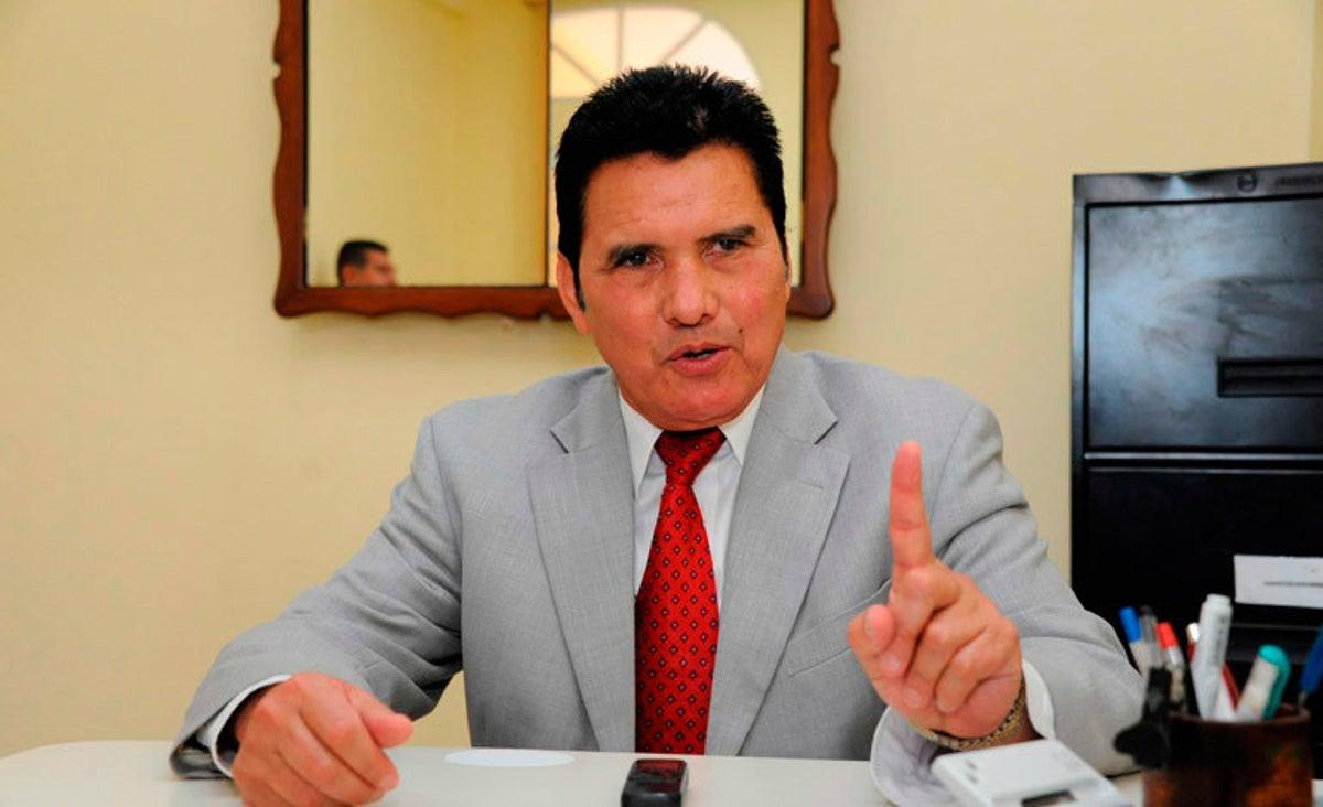 Eliseo Castro: «No hay que echarle la culpa todavía al CNE, la culpa la tienen los mismo partidos»
