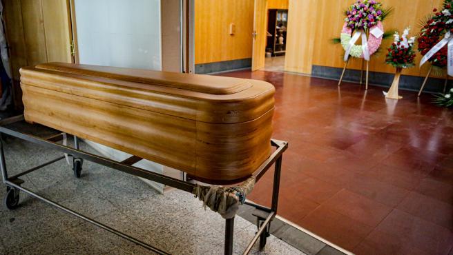 Funeraria entrega a la familia de una fallecida un ataúd sin el cuerpo dentro