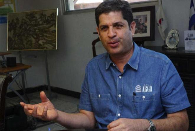 Martín Chicas: «Entre 4.4 y 6.2% podría disminuir el PIB este año a causa del COVID-19»