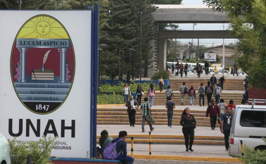 Unos 70,000 estudiantes de la UNAH iniciarán clases virtuales el próximo 9 de septiembre