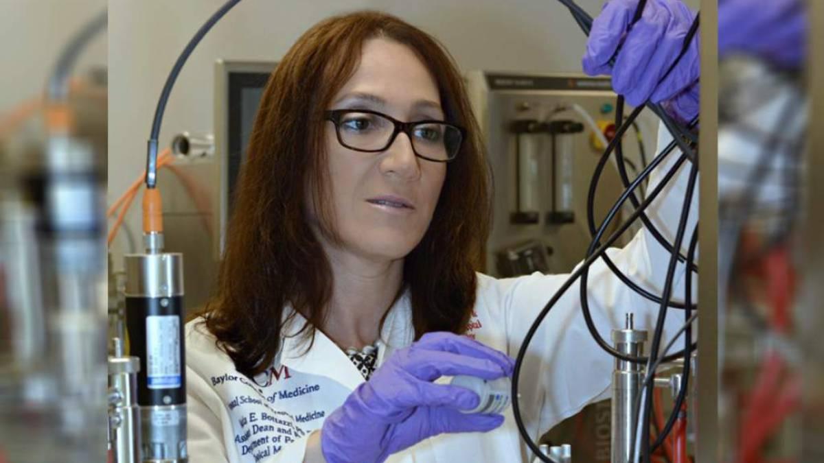 Científica hondureña: «No debemos bajar la guardia porque este virus es invisible»