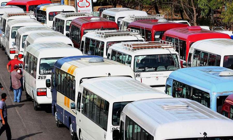 Certificarán a conductores del transporte urbano con el fin de depurar el rubro