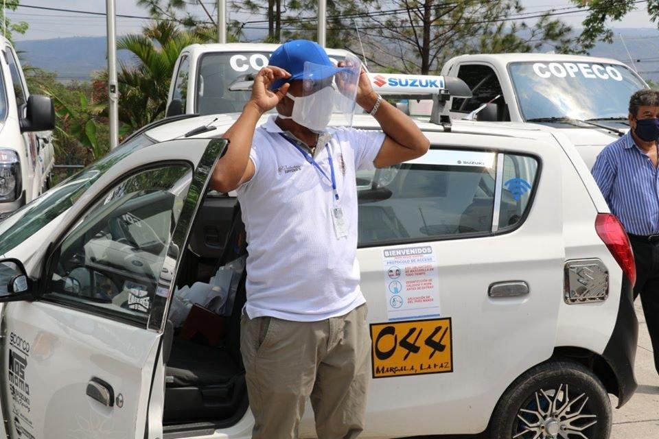 Unos 5,000 salvoconductos se han entregado a taxis y buses a nivel nacional