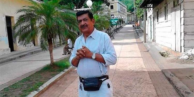 Fallece reconocido fotógrafo Amilcar Luque de un paro cardiaco en Atlántida