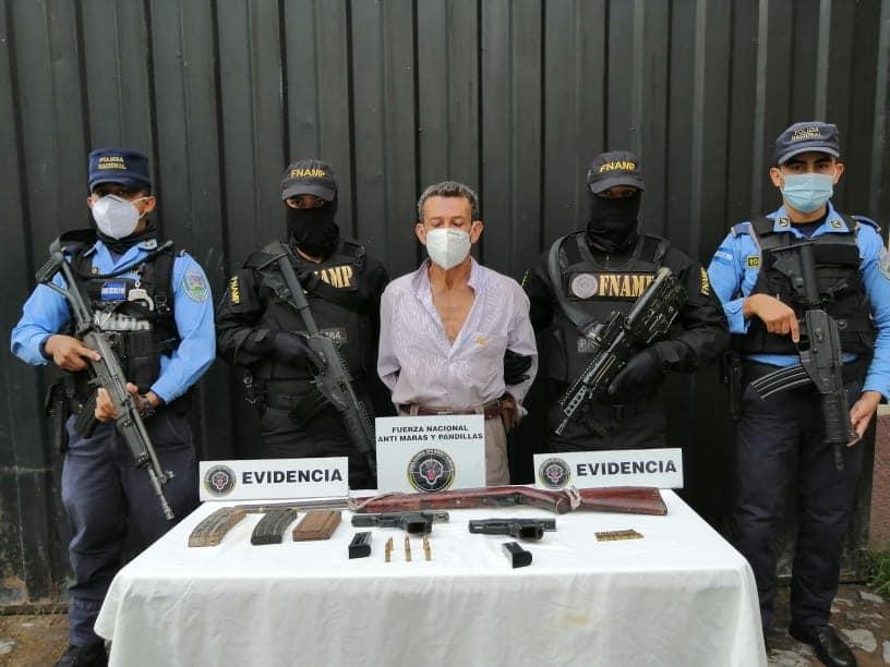 Con tres armas de fuego detienen a persona de la tercera edad en Comayagua