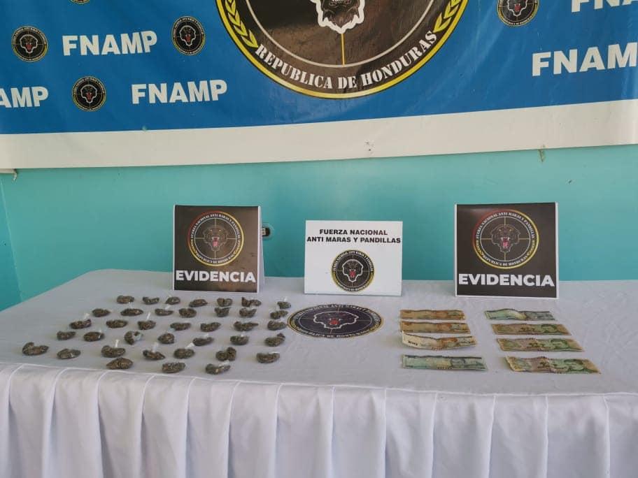 Sujeto es capturado en posesión de droga en La Ceiba