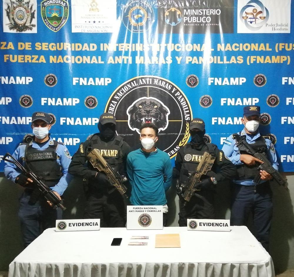 Capturan a presunto extorsionador y cabecilla de la pandilla 18 en SPS