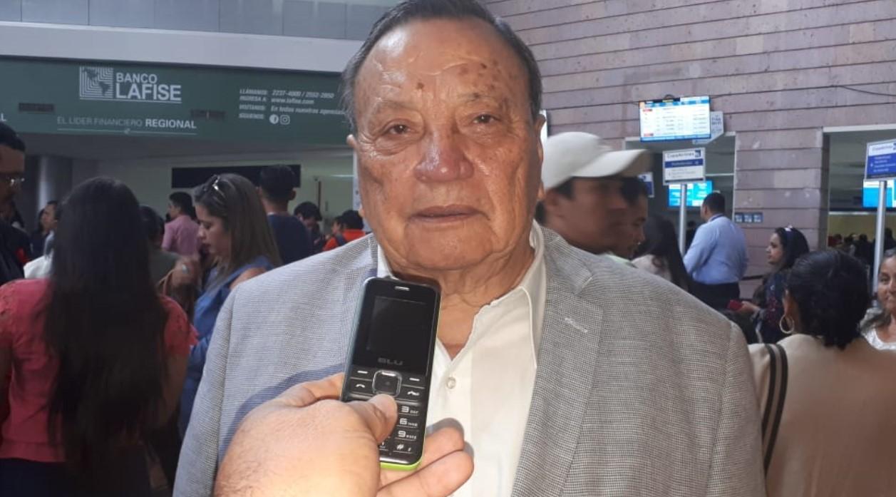 Aguilar: «No se está perjudicando a nadie, solo se les quitó beneficios a los partidos pequeños»