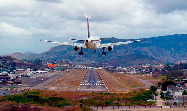 Concesionarias extranjeras tomarán posesión del aeropuerto Toncontín el próximo martes