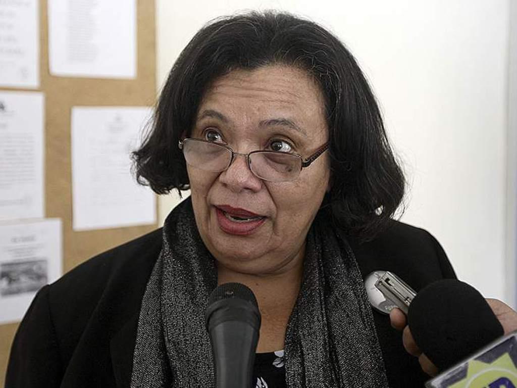 Julieta castellanos: «Si el PL se va solo, no solamente no gana, sino que podría bajar su caudal electoral»
