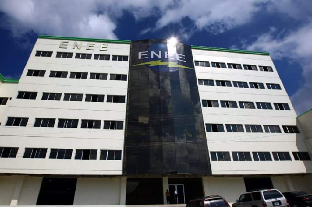 Al menos un 60% de la deuda paga ENEE a generadores según Ahpee