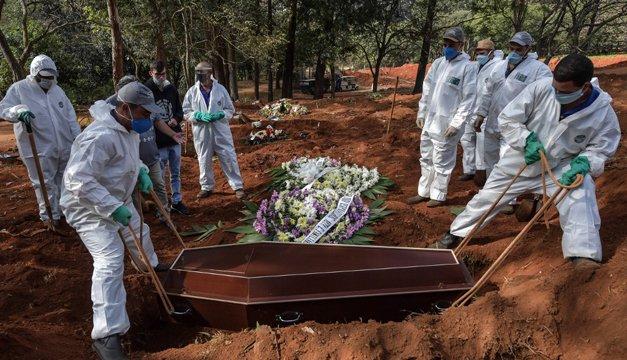 Más de 936.000 muertos por coronavirus en el mundo