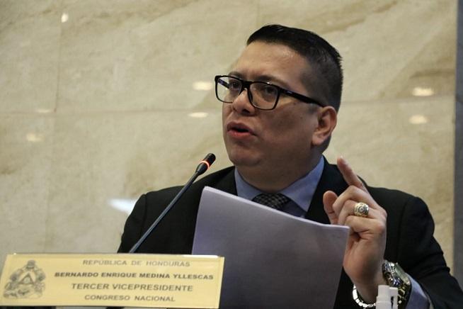 Enrique Yllescas descarta postularse a la presidenciaa través de la coalición CREO