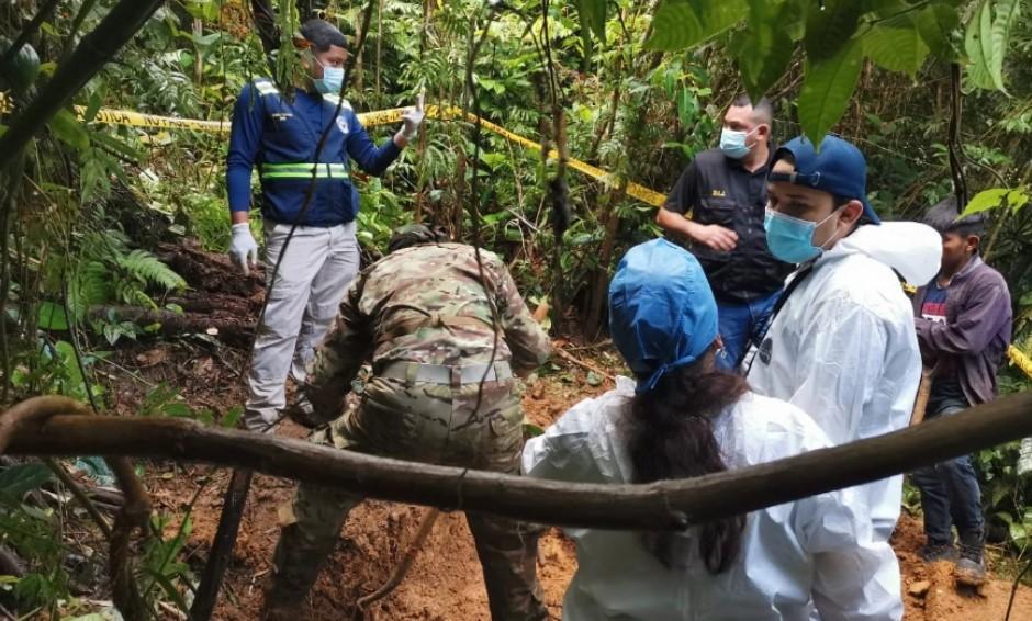 """Hallan posible """"fosa clandestina"""" en municipio indígena de Panamá"""