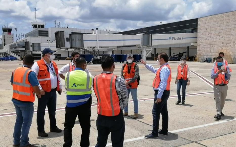 Equipo de Palmerola y Múnich visitan Toncontín para avanzar en el proceso de transición