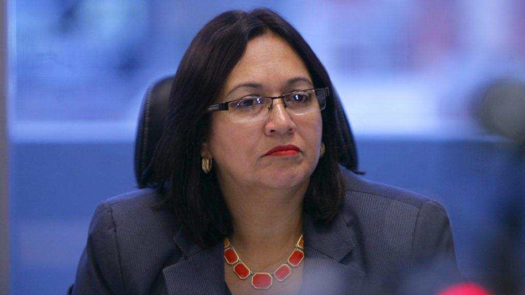 Tenemos que aprender a convivir con el COVID-19 según exministra de Salud, Roxana Araujo