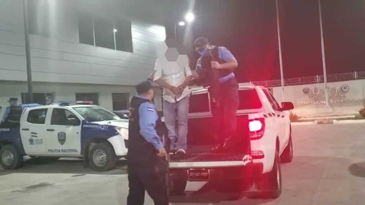 Taxista es arrestado 10 años después por operaciones financieras ilícitas