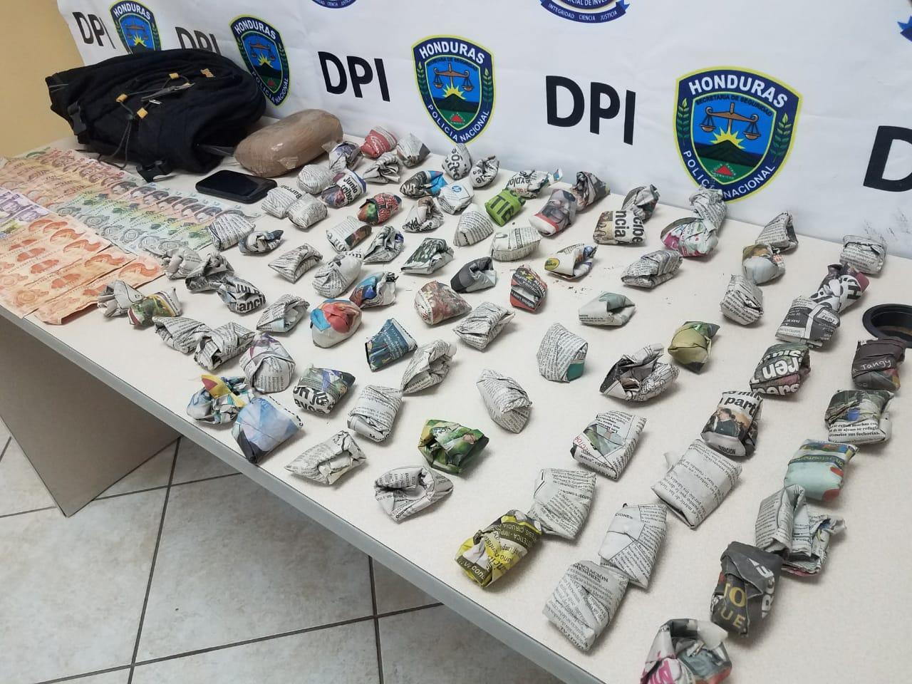 Detienen a supuesto pandillero con más de 80 envoltorios de marihuana en la capital