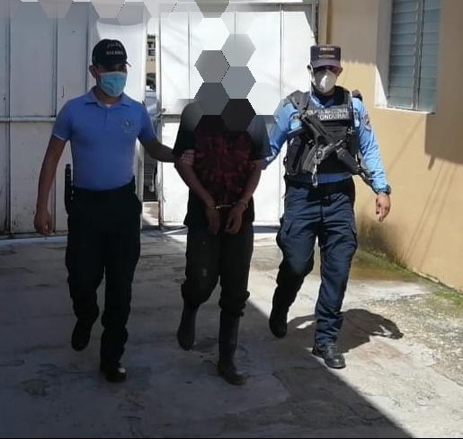 Capturan a sujeto acusado de violar a la mejor amiga de su esposa en Talanga, FM