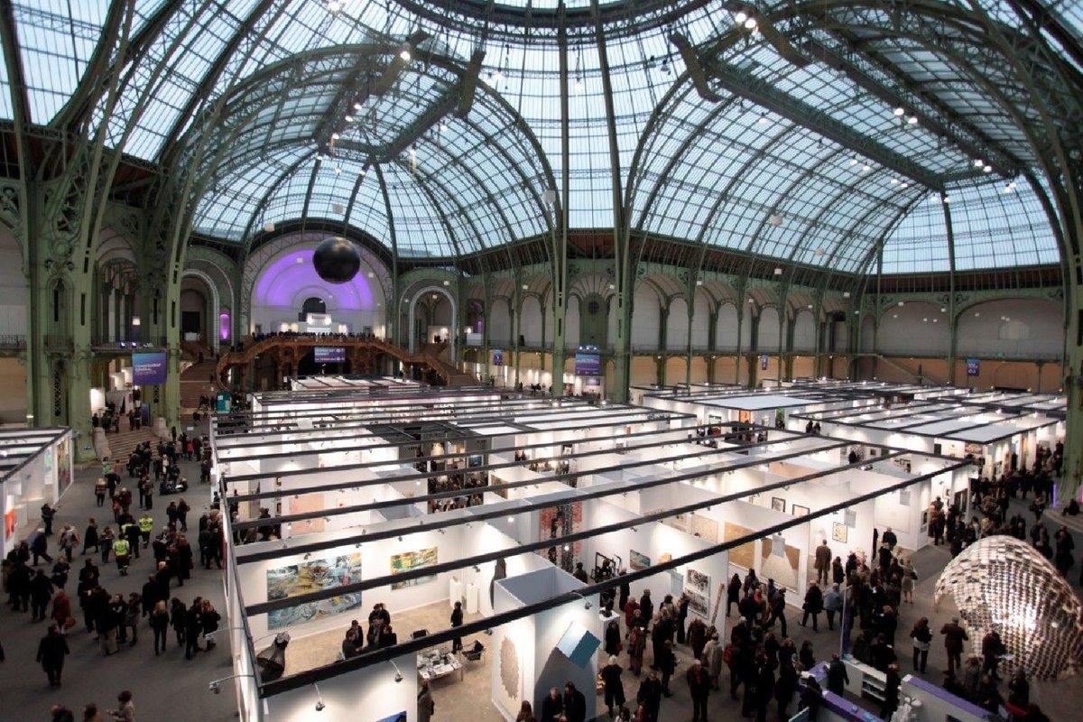 «Art Paris» abrirá sus puertas de manera presencial a partir de mañana